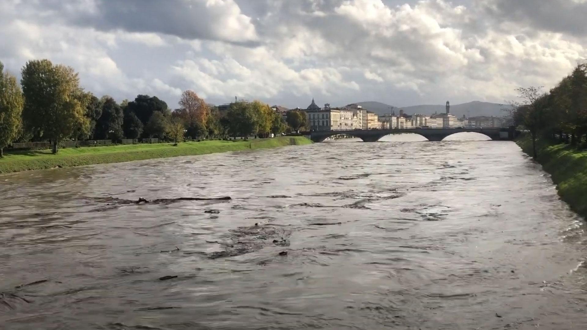 FIRENZE – Piena del fiume ARNO del 17 Novembre 2019