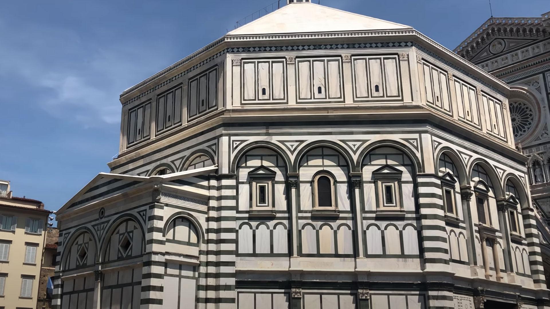 Firenze,  Battistero, Duomo e Campanile di Giotto. Video convertito in 4k con Topaz Video Enhance