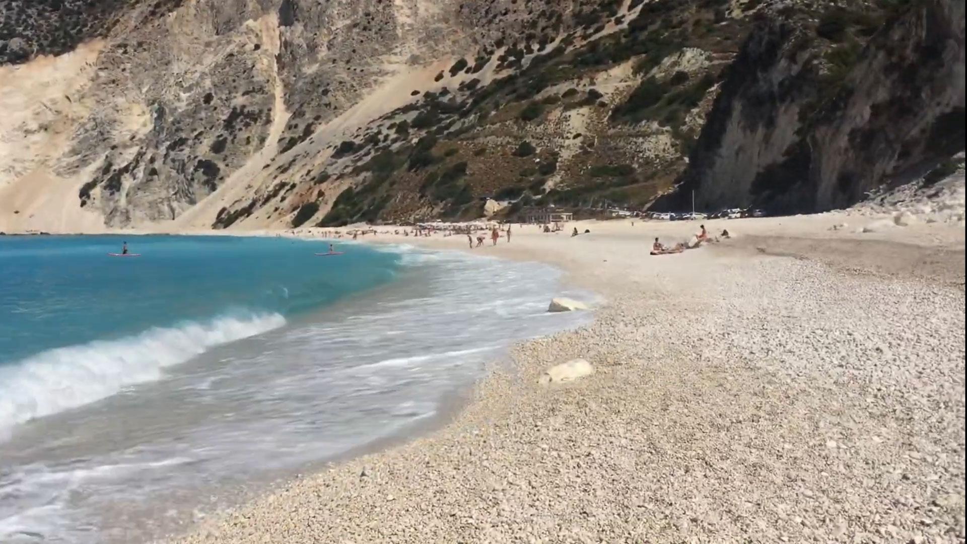 Spiaggia di Myrtos sull'isola di Cefalonia – Vacanze in Grecia 2017