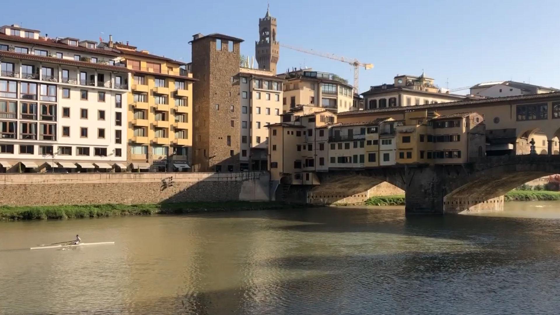 Firenze, vista del Ponte Vecchio e del Ponte Santa Trinita